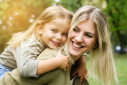 Матери способны определять личную жизнь своих детей